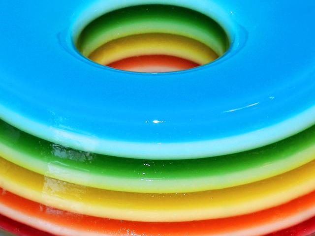 gostei-e-agora-gelatina-colorida-camadas-rainbow-jello-passo-a-passo-09